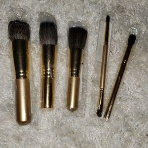 💎3 for $30💎. BARE MINERALS Gold makeup brush set
